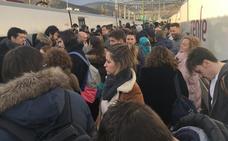 Casi medio millar de viajeros afectados por una avería del Alvia de nuevo en Pajares