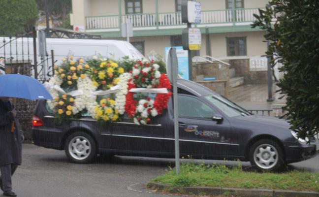 La Caridad llora la «terrible pérdida» del joven fallecido cuando pescaba en Valdés