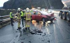 Cuatro heridos en un accidente con ocho coches implicados en la A-66 en Olloniego