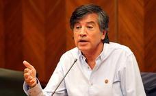 Carlos López Otín se siente víctima de una campaña de «acoso»