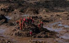 Sube a 84 el número de muertos en la tragedia minera en Brasil