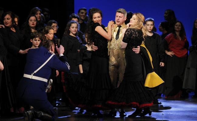 La ópera 'Carmen' llega a los barrios de Oviedo