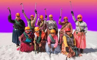 La increíble gesta de las 'Cholitas Escaladoras'