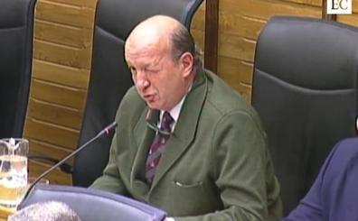 El guiño que desató la bronca en el Pleno de Gijón