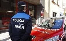 La Policía de Gijón detiene a un hombre que agredió «con gran violencia» a su expareja