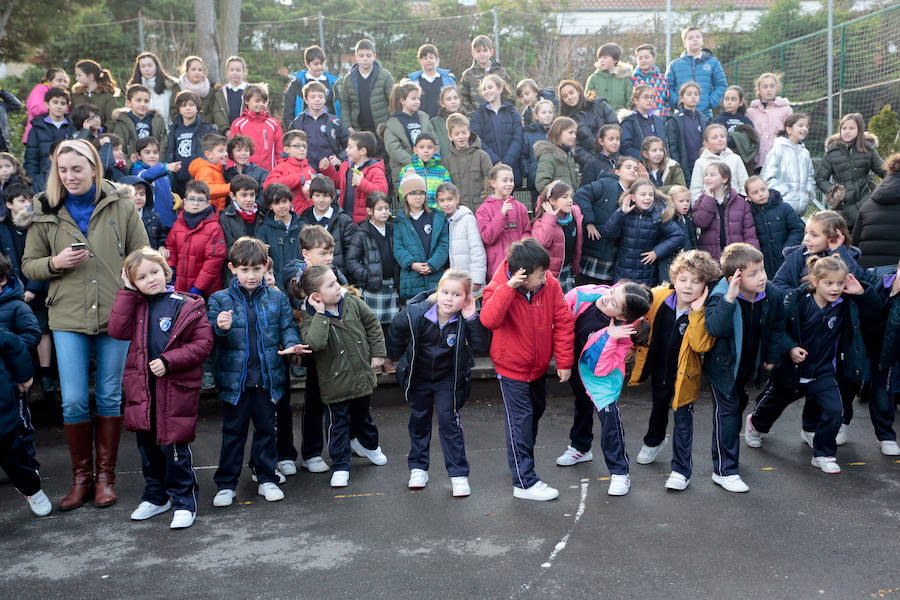 Jornada por la paz en los centros escolares de Gijón