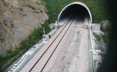 Adif adjudica el montaje de la vía Campomanes-Pola de Lena por 16,3 millones