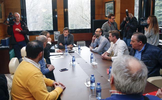 Los sindicatos insisten en que el posible comprador de Alcoa absorba a la plantilla