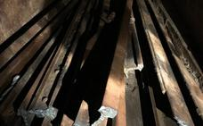 Detenidos cuatro avilesinos cuando robaban vías de tren en Serín