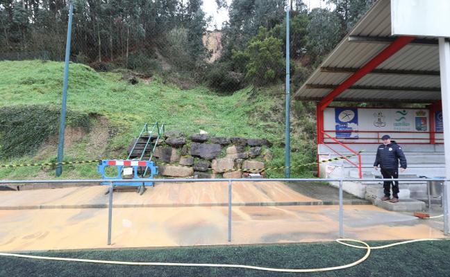 A contrarreloj en Raíces para evitar que un argayo se coma el campo de fútbol