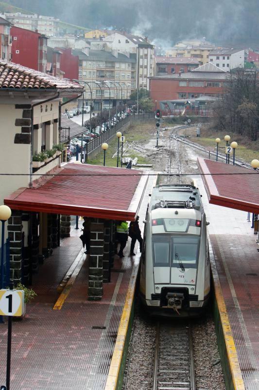 La nieve complica la circulación en Asturias