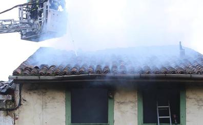 El parque de bomberos de Avilés se reduce a 31 efectivos