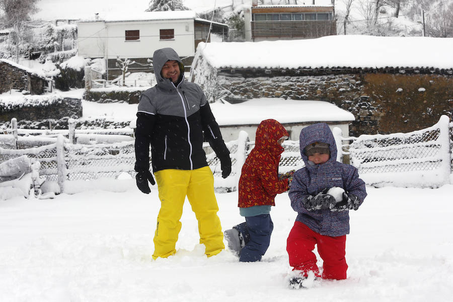 La borrasca 'Helena' cubre de nieve la comarca del Alto Aller