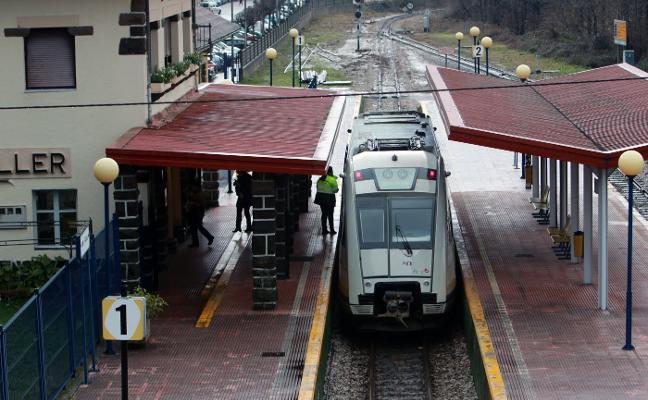 Los usuarios del Caudal piden que la línea de tren llegue hasta Felechosa
