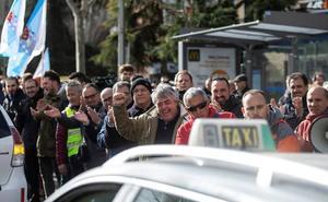 Consideraciones para resolver el conflicto taxis-VTC