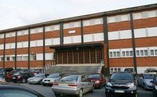 El Montedeva de Gijón, el primer colegio de España que prohíbe llevar 'relojes espía'