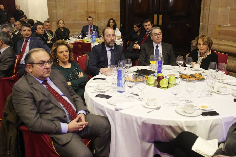 Belarmino Feito presenta las 'Claves por el futuro de Asturias'