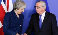 UE y Reino Unido acuerdan conversar más sobre el 'brexit', firmes en sus posiciones