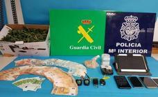 Tres detenidos en Asturias y Galicia por distribuir heroína
