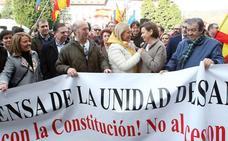Centenares de personas piden elecciones como «necesidad imperiosa» en Oviedo