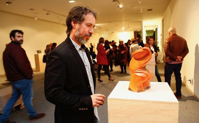 El escultor Juan Giordano celebra sus 25 años de carrera con una exposición