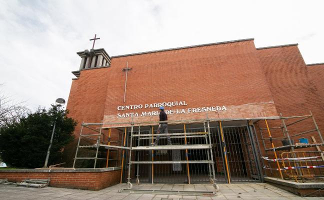 Mercadillo solidario para mejorar la parroquia