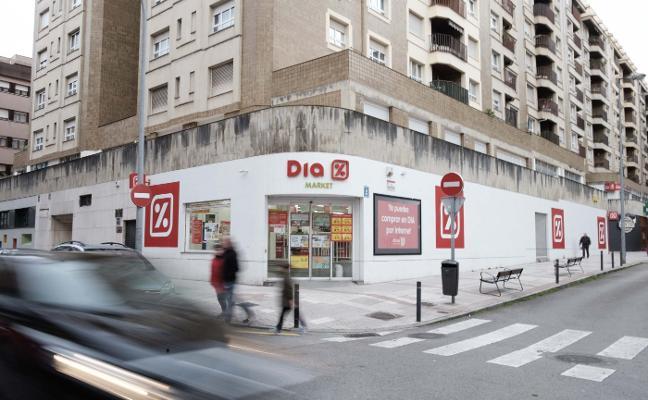 Dia anuncia 2.100 despidos en España y deja en vilo a 460 empleados asturianos