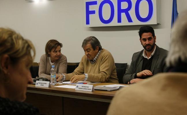 Foro y PP mantienen la protesta en Oviedo porque «el riesgo de ruptura de España persiste»