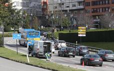 Dos heridos en un accidente múltiple en Oviedo