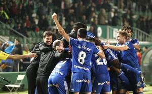 El fuerte disparo de Toché que dio los tres puntos al Oviedo
