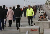 Gijón disfruta de cálidas temperaturas