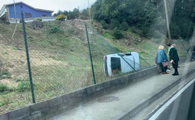 Aparatoso accidente de tráfico en Overo
