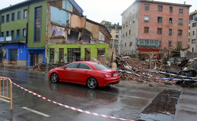 Derruidas por seguridad varias construcciones
