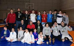Nuevos campeones regionales en Lucha Grappling