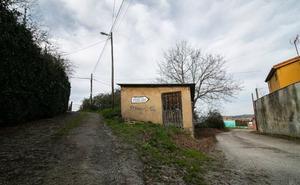 Vecinos y asociaciones alertan de la presencia de carne envenenada en Lugones
