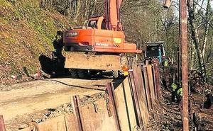 Construyen un muro en el tramo de Libardón