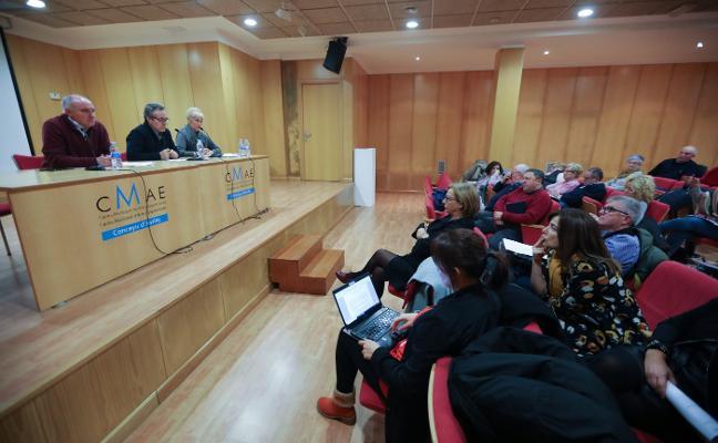 Asociaciones y ayuntamiento examinan la participación