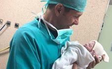 El 'Cholo' Simeone, presenta a su quinta hija «contento y feliz»