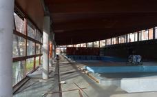 La reparación de la piscina municipal de Cangas tras la explosión comenzará en días