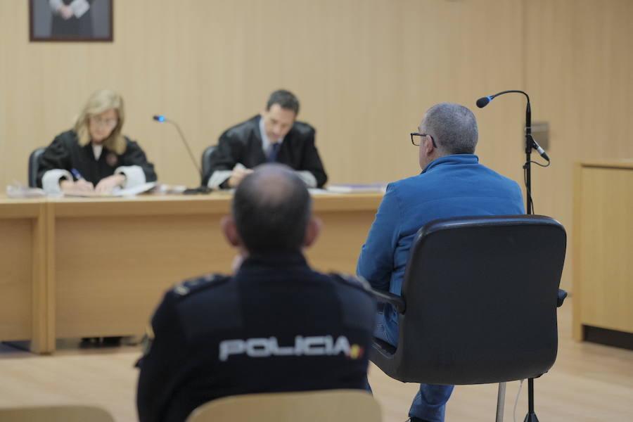 El acusado de traficar con cocaína y hachís en Gijón acepta una condena de cuatro años de prisión