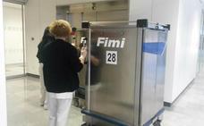 Los robots del HUCA «suponen un ahorro de siete millones de euros»