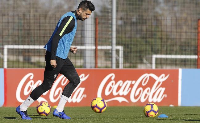 «Siempre me han colocado fuera del Sporting y aquí sigo»