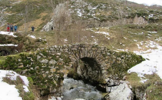 Puentes en el entorno de Sotres