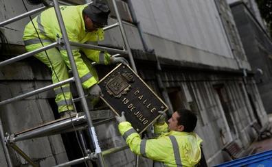 Un tribunal de Oviedo obliga al Ayuntamiento a recuperar el callejero con referencias franquistas