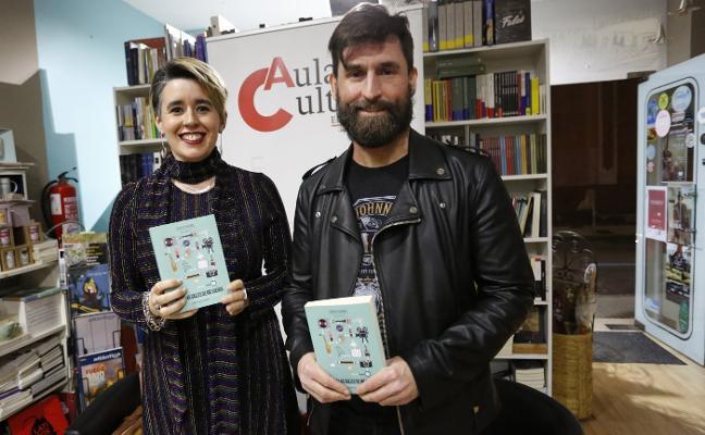 Lucía Falcón estrena libro en Gijón