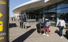Iberia y Vueling piden adelantar la apertura del aeropuerto para llenar sus vuelos internacionales
