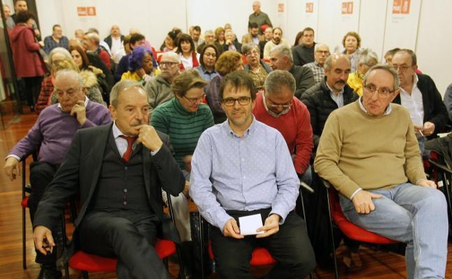 31 militantes optan a entrar en la lista de Wenceslao López a las elecciones