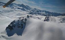 Evacuado en helicóptero un esquiador lesionado en Aller