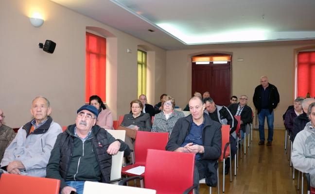 La asamblea de IU ratifica la candidatura de Jesús Sánchez