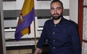 Dimite Jonathan López, edil de Urbanismo en el Ayuntamiento langreano